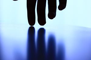 hand art iPhoneX