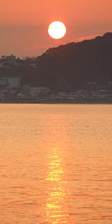 日の出 太陽