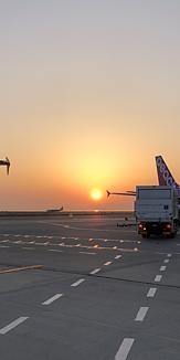空港の夕焼け