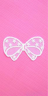 レースリボンのスマホケース(ピンク)