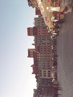 ワルシャワの広場 文字入り